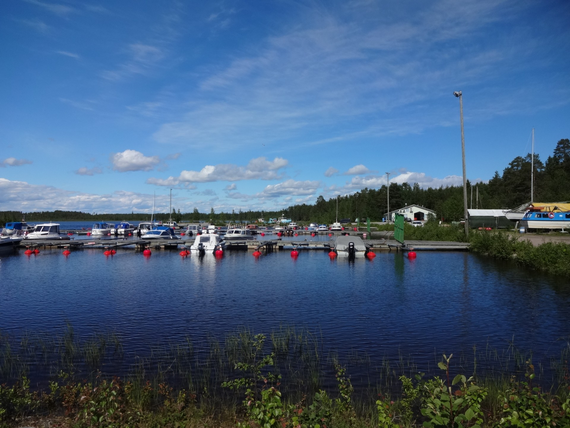 Koutalahden venesataman valmistuminen 1980-luvun puolivälissä lisäsi veneilyä Ärjänselällä.
