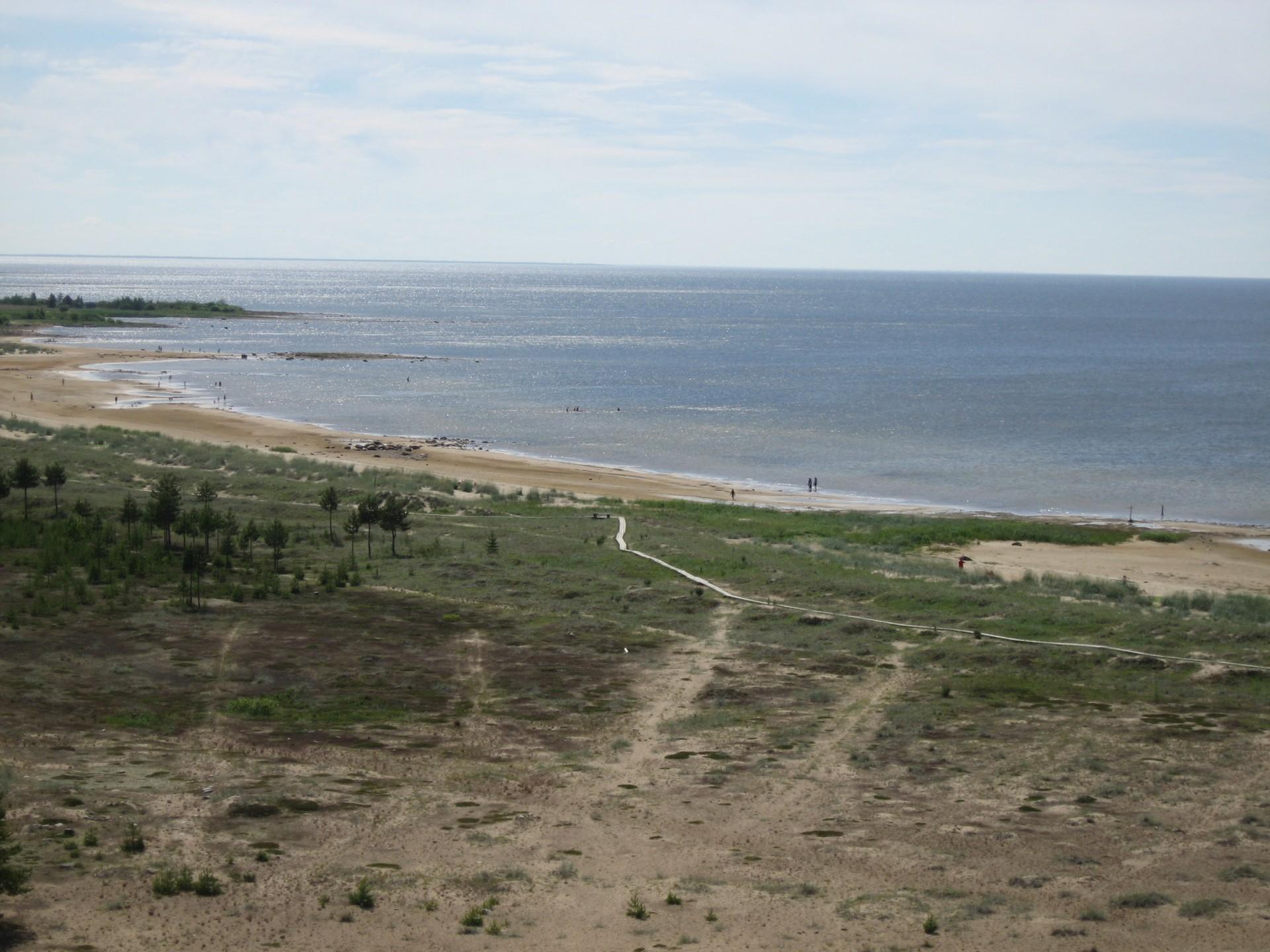 Näkymä majakasta Marjaniemen rantamile