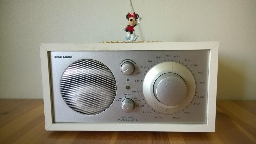 Radio on säilyttänyt asemansa yhtenä tärkeimmistä tiedotusvälineistä.